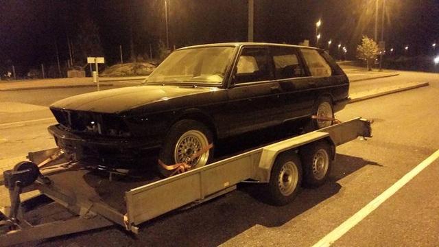 allu_: BMW e28 535i Touring  12096035_10206283979117118_8307186224476031862_n
