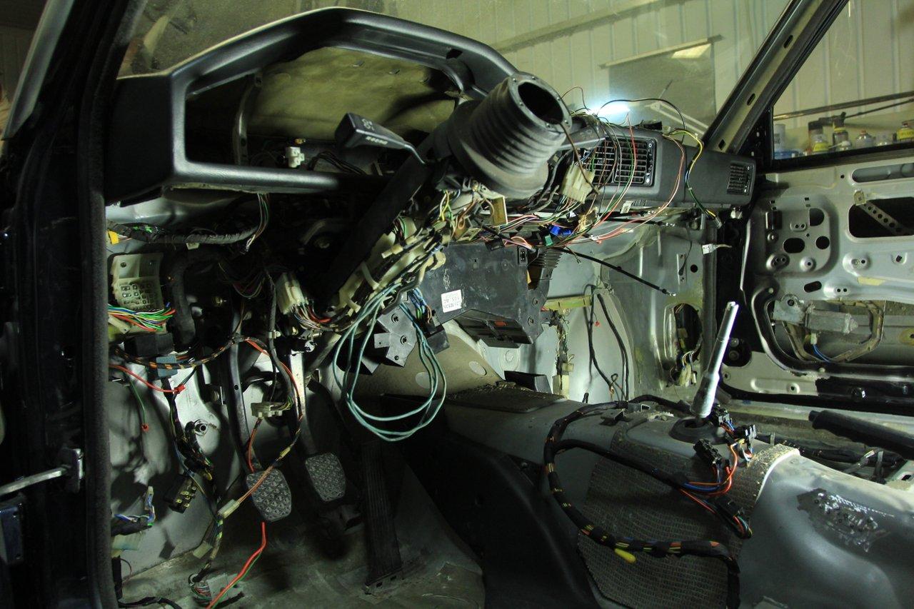 allu_: BMW e28 535i Touring  IMG_9770